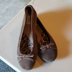 Roxy brown suede flats with bow